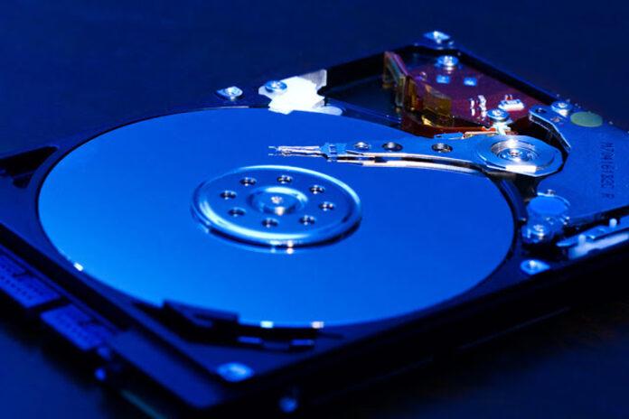 Kiểm tra ổ cứng laptop