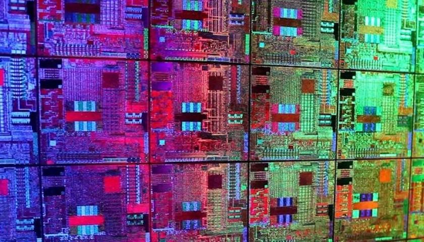 CPU không tương thích main sẽ gây ra hiện tượng máy tính đang sử dụng tự khởi động lại