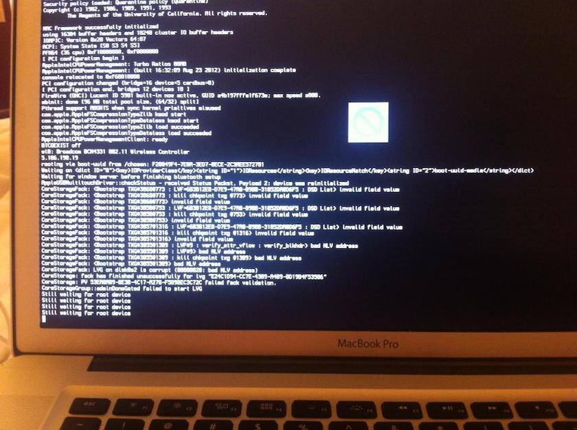 Laptop không khởi động được do SSD gặp lỗi