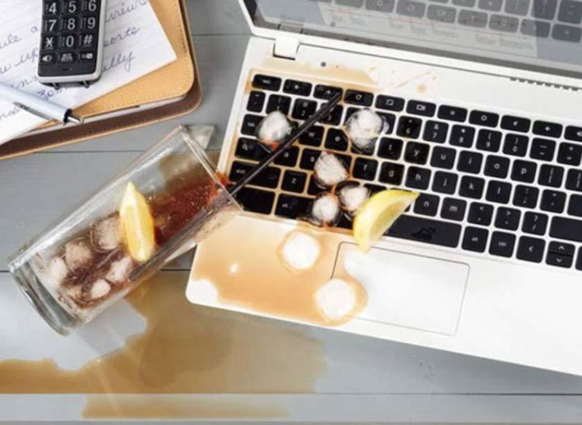Bàn phím laptop Asus bị dính nước
