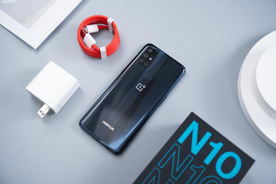 Thiết kế của điện thoại OnePlus Nord N10 5G